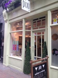 Pixi Boutique, Fouberts S
