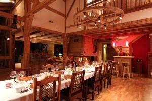 dining-room-reves