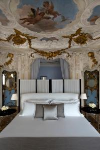 RS1910_Aman Canal Grande Venice - Alcova Tiepolo Suite