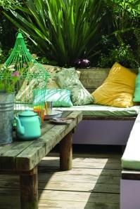 Brassica Bench