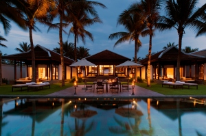 NAM-Rooms-3Bedroom Pool Villa-Dusk01_v-1