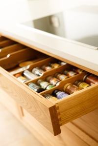 Fiona spice drawer
