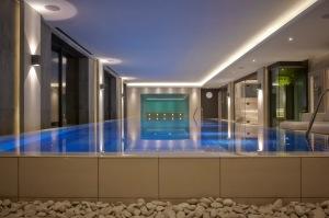 Pool-Dormy_House_Spa-08.01.1410777