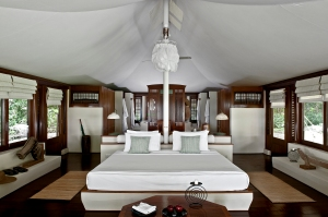 RS1323_Amanwana - Tent Interior
