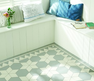 Original Style - VFT - Carlisle pattern with Woolf border in Grey and Dover White tile