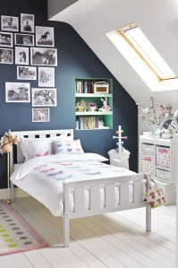 Darwin single bed cloud grey and Butterfly linen lifestyle 2