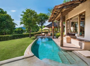 lux3714gr-152139-Tropical Pool Villa