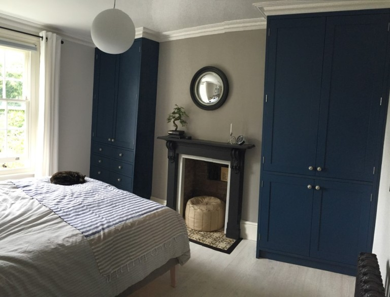 Law & Lewis Joinery of Cambridge Tulip Wood Wardrobes painted in Farrow & Ball Stiffkey Blue (8)