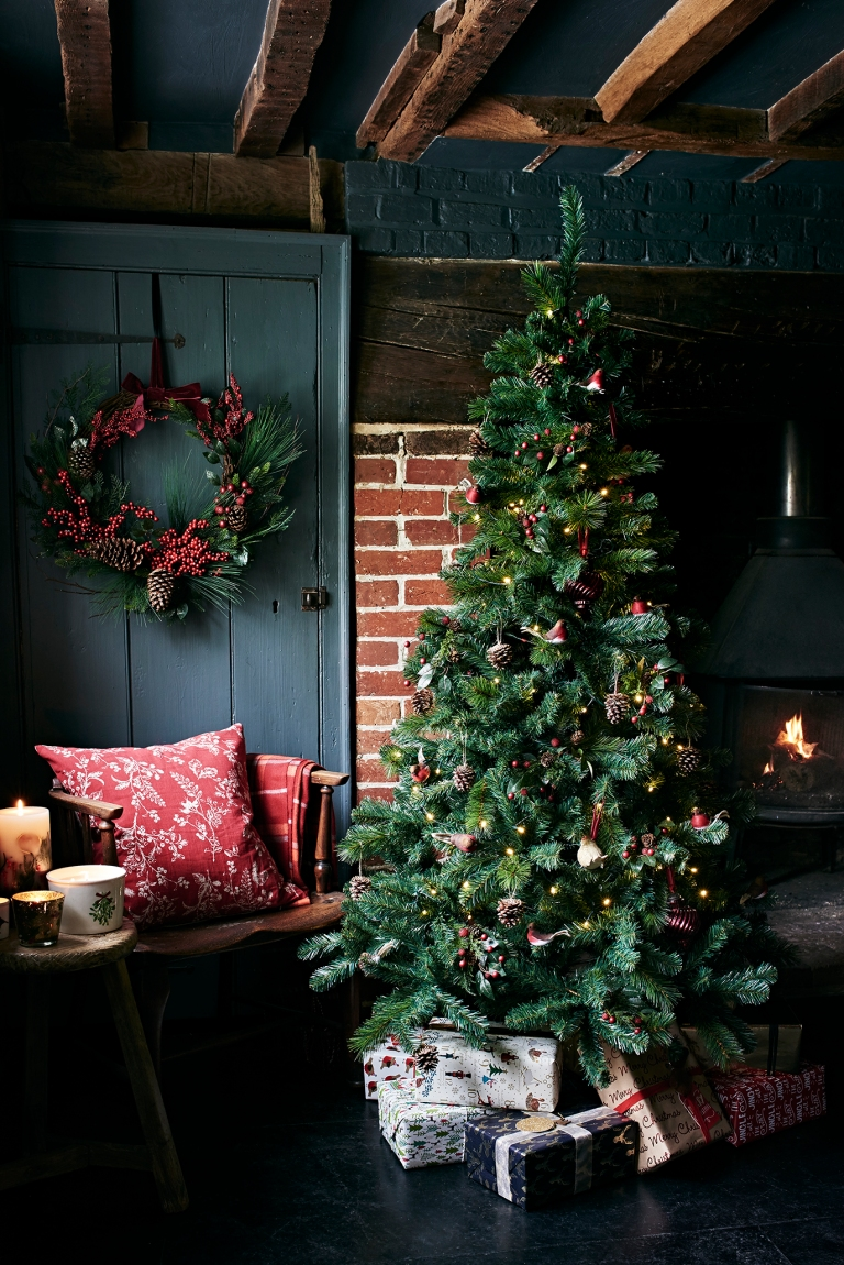 sainsburys-christmas-cottage-living