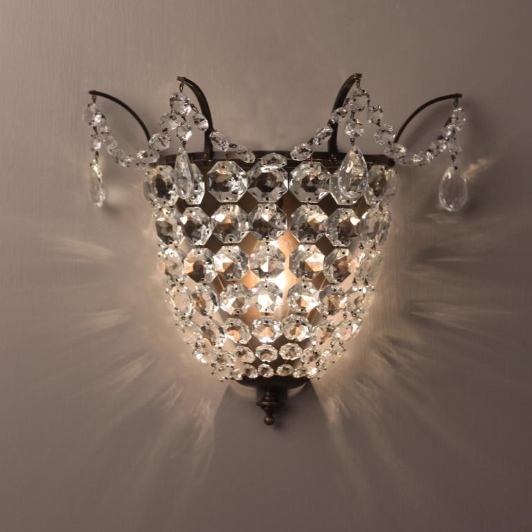 brampton-crystal-wall-light