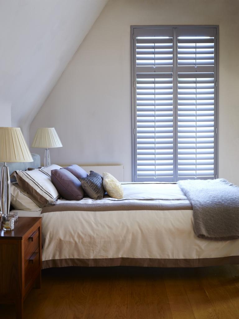 SF - Grey Bedroom (side)
