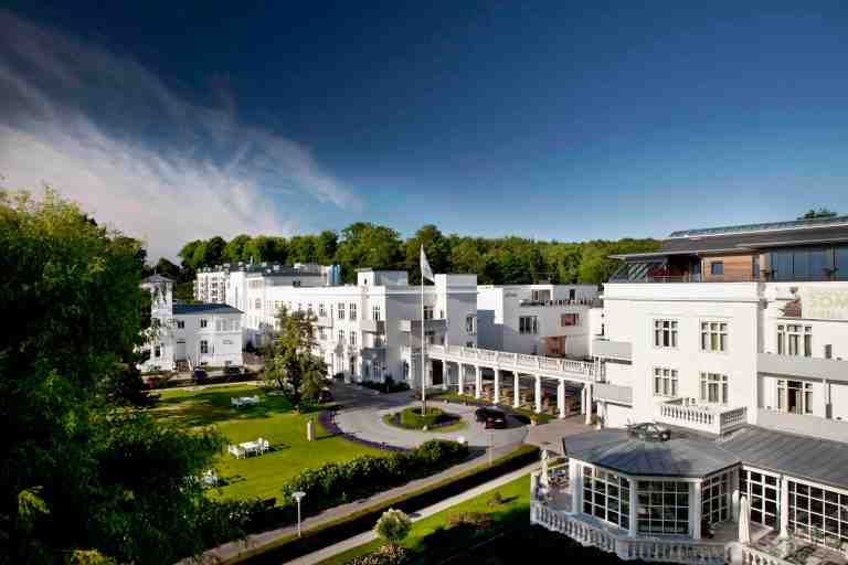 01_Kurhotel_Skodsborg_Hotel_nordic_landscape_color copy
